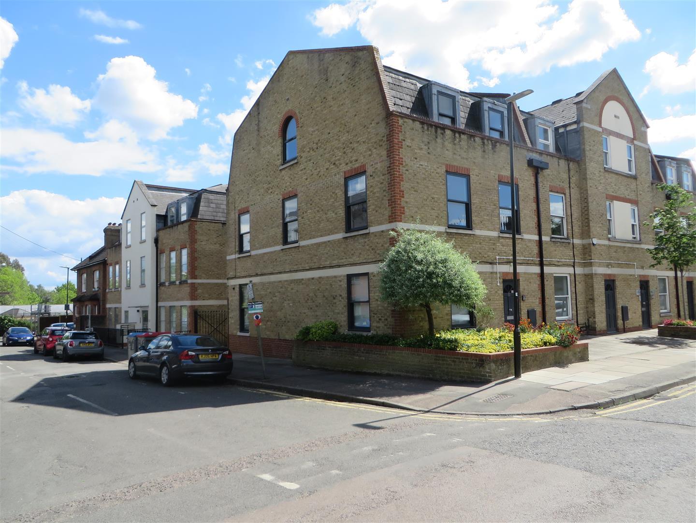 St. Georges Road, London - Andrew Scott Robertson